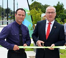 Mayor Jamieson and Councillor Dickson cut the ribbon for Stage 3 Sippy Downs Drive. Sunshine Coast Council